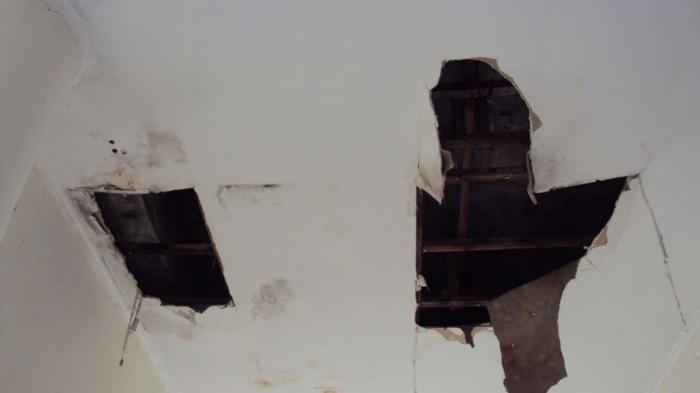 kerusakan plafon
